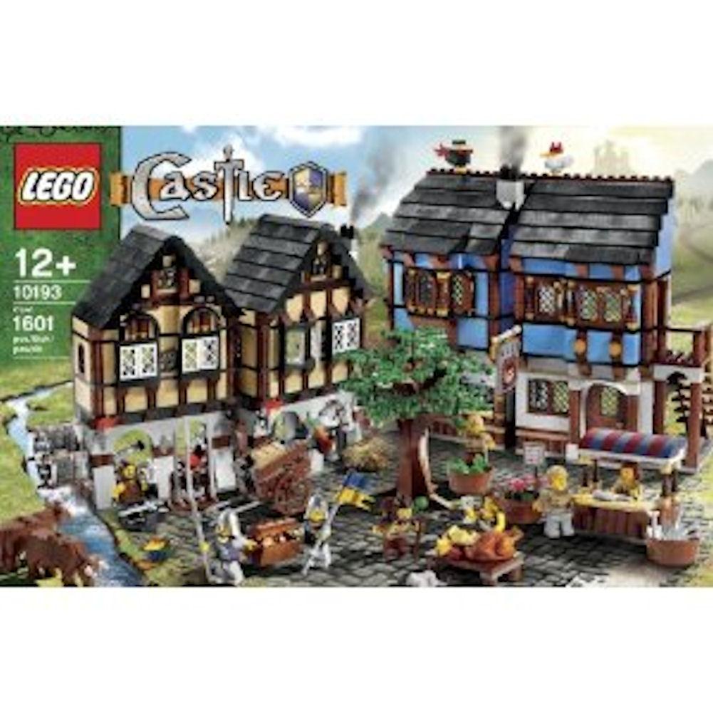 LEGO Castle 10193 Medieval Market Village, LEGO Castle